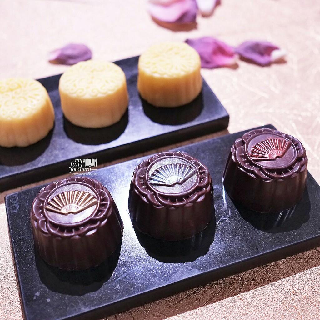New Post Delicious Baked Moon Cakes At Xin Hwa Mandarin