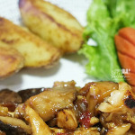 Chicken Mushroom in Plum Sauce - homecook by Myfunfoodiary cover