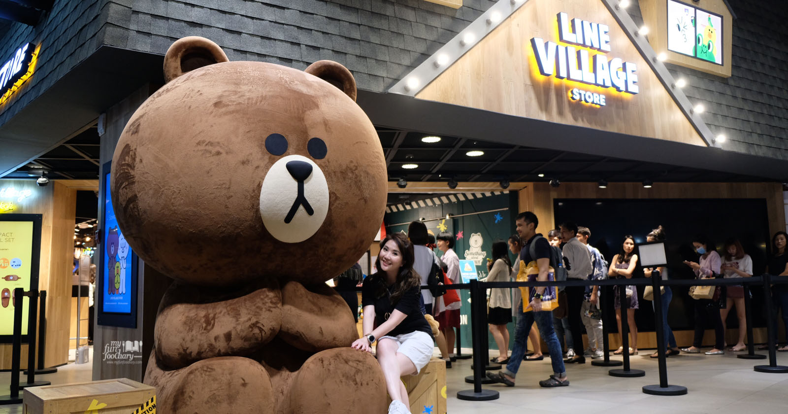 Thailand Line Village Store Is Now Open In Bangkok